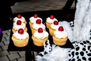 Team Honk cakes at Montagu's Bistro